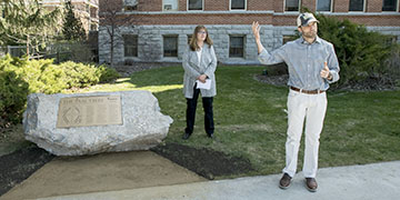 UM President Seth Bodnar dedicating Oval Tree plaque